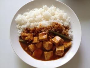 豆腐とオクラのスパイシーカレー