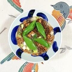 納豆に、旬彩葱とスナップえんどう