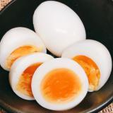 色ムラなしの味付け卵(ゆで卵の味付け)