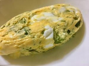 レンジで作る!めかぶチーズオムレツ