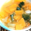 ブロッコリーの茎メインのコンソメスープ