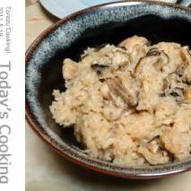 炊飯器で!牡蠣たっぷりの牡蠣ご飯です。