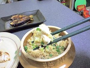 ひと手間で美味しい、鯵の炊き込みご飯。