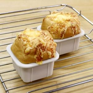 ふっくらやわらか♪角型チーズパン