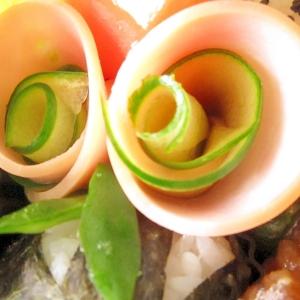 お弁当おかず☆ハムと胡瓜のお花♪隙間おかず