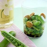 そら豆とグリーンピースの蒸しサラダ