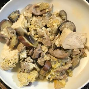 味付けは麺つゆのみ!豚肉と卵と豆腐の煮込み