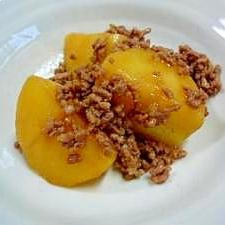 簡単・時短☆レンジでジャガイモとミンチの煮物もどき
