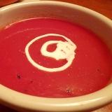 簡単すぎ!レンジで作る☆トマトジュースのスープ
