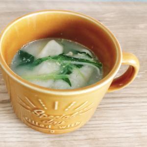 プチっと鍋白湯で作る♪水菜とえのきのスープ餃子