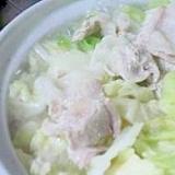 キャベツと豚肉のシンプル鍋