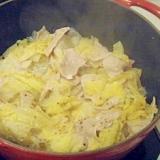 ル・クルーゼで!白菜と豚肉のショウガ風味煮込み