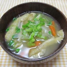 野菜と油揚げのみそ汁