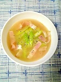 彩り綺麗な☆アスパラとベーコンのスープ☆