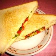 チーズと小葱のホットサンド