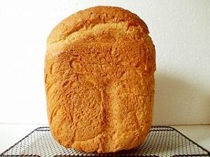 HBで、シンプルにライ麦パン
