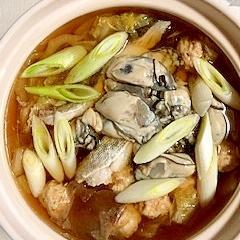 牡蠣、とりだんご、真鱈の鍋物