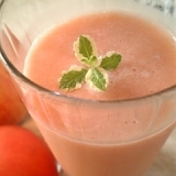 ビタミンC補給!フレッシュトマトアップルジュース♪