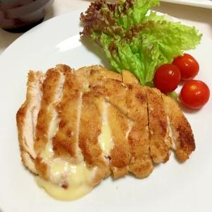 とろっとチーズの日清の唐揚げ粉鶏胸肉ソテー♡