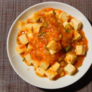 トマト麻婆豆腐丼