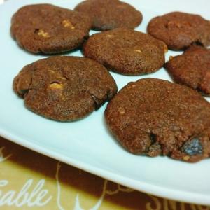 簡単♡チョコと胡桃のココアクッキー