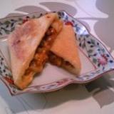 薄揚げのキムチ・納豆・チーズ挟み焼き