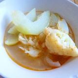 カリフラワーと瓜のピリ辛スープ