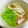 ウインナー、エリンギ、水菜のスープ