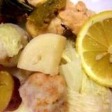 タジン鍋で甘い野菜と鶏手羽元酒蒸し