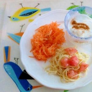 野菜と果物のモーニングプレート