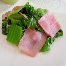高菜とベーコンの炒め物
