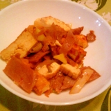 焼き豚・葱・厚揚げのピリ辛炒め