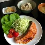 海外の日本料理屋の定番!サーモンの生姜焼き
