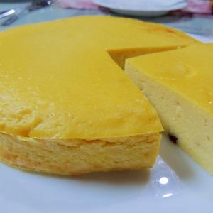 フードプロセッサで混ぜて焼くだけ☆簡単チーズケーキ