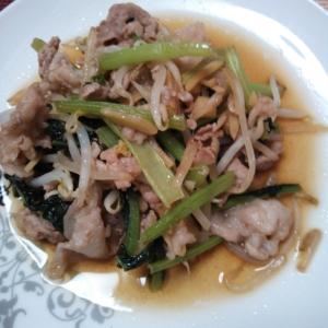 豚肉と小松菜ともやしのしょうが和風炒め