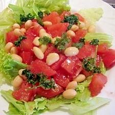 トマトと大豆のパセリサラダ
