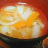 玉ねぎ大根にんじんの味噌汁