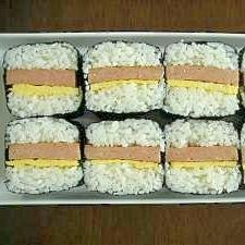 スパム缶で簡単&キレイ☆スパムむすび