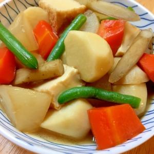 かつおつゆで簡単♪厚揚げと根菜の煮物