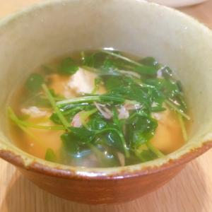 桜エビの風味が効いた★豆苗とくずし豆腐のとろみ汁