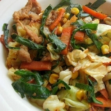 ニラ&豚肉の野菜炒め♪(マヨで炒め、にんにく醤油)