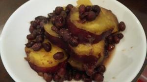 食物繊維たっぷり!小豆とさつま芋の煮物