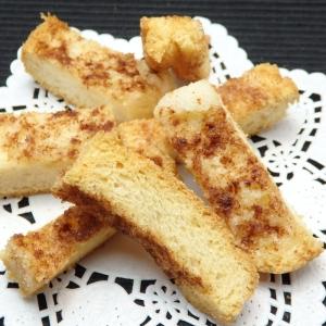 食パンで作るシナモンシュガーラスクの作り方