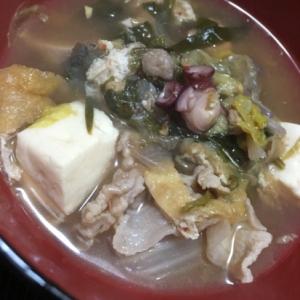 栄養たっぷり!海鮮キムチ鍋