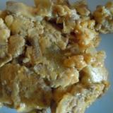 キュウリのキューちゃんとひき肉の卵オムレツ風