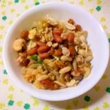 塩麹炒めの小揚げと小葱とミックスナッツのおつまみ☆