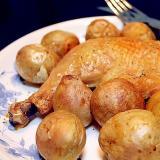 骨付き鶏もも肉とじゃが芋のロースト