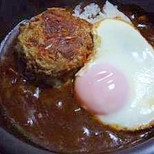 レトルトビーフシチューハンバーグ丼(時短メニュー)