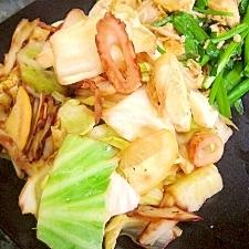 簡単夕飯★キャベツと竹輪のレモンバター炒め