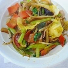 冷蔵にあるもので 野菜炒め